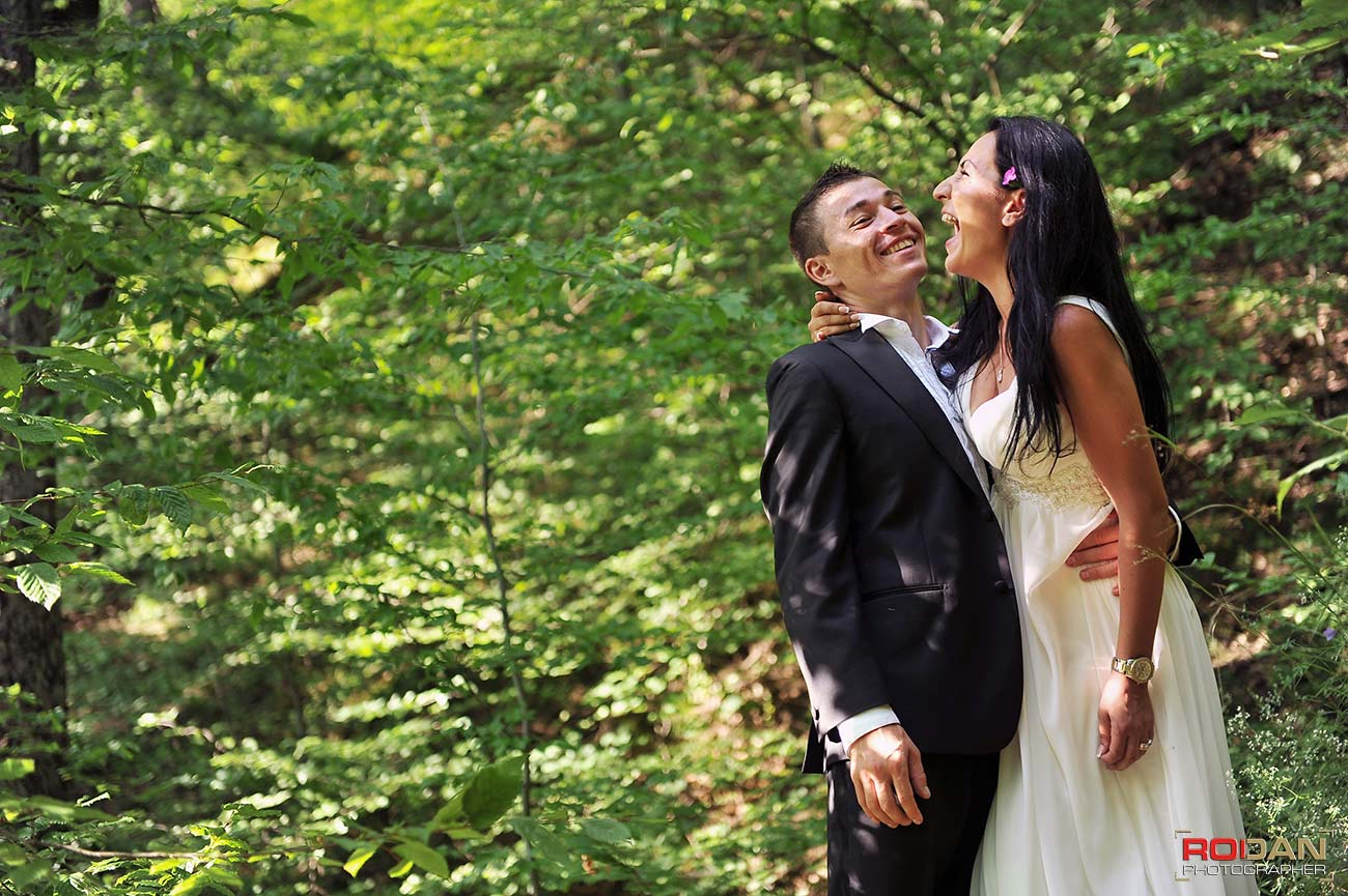 Sedinta foto nunta Piatra Neamt, foto video bacau, pachete foto video nunta, fotograf bacau profesionist, nunta in bacau, trash the dress, save the date, after wedding