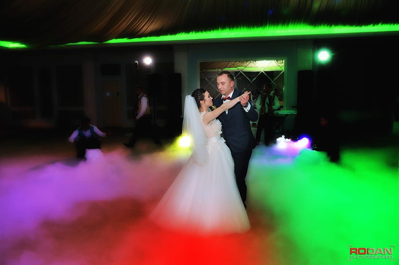 fotografi cameramani nunta Darmanesti Bacau