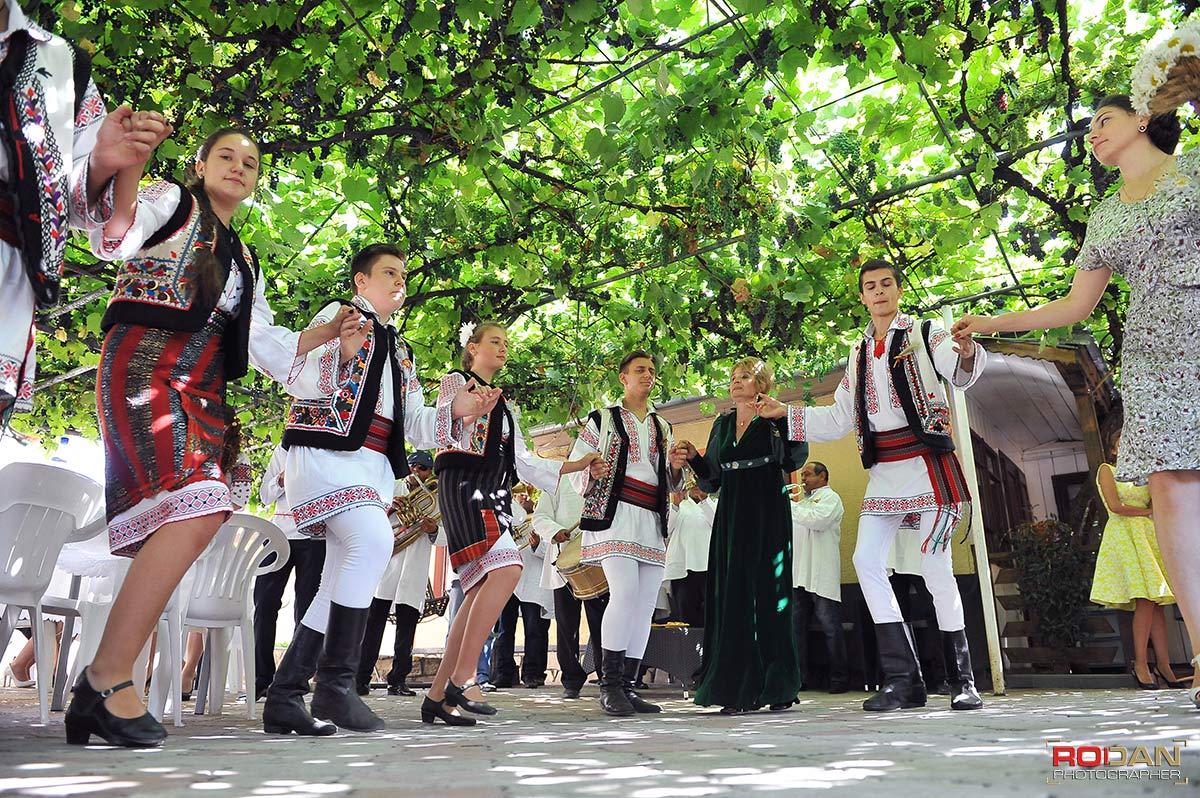 Fotograf profesionist Targu Neamt - Fotografi nunta Targu Neamt - Poze nunta la Cetatea Neamtului - sedinta foto de nunta | Fotograf nunta Targu Neamt, Nunti Targu Neamt