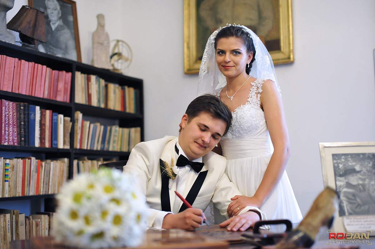 Pret fotograf nunta Targu Neamt