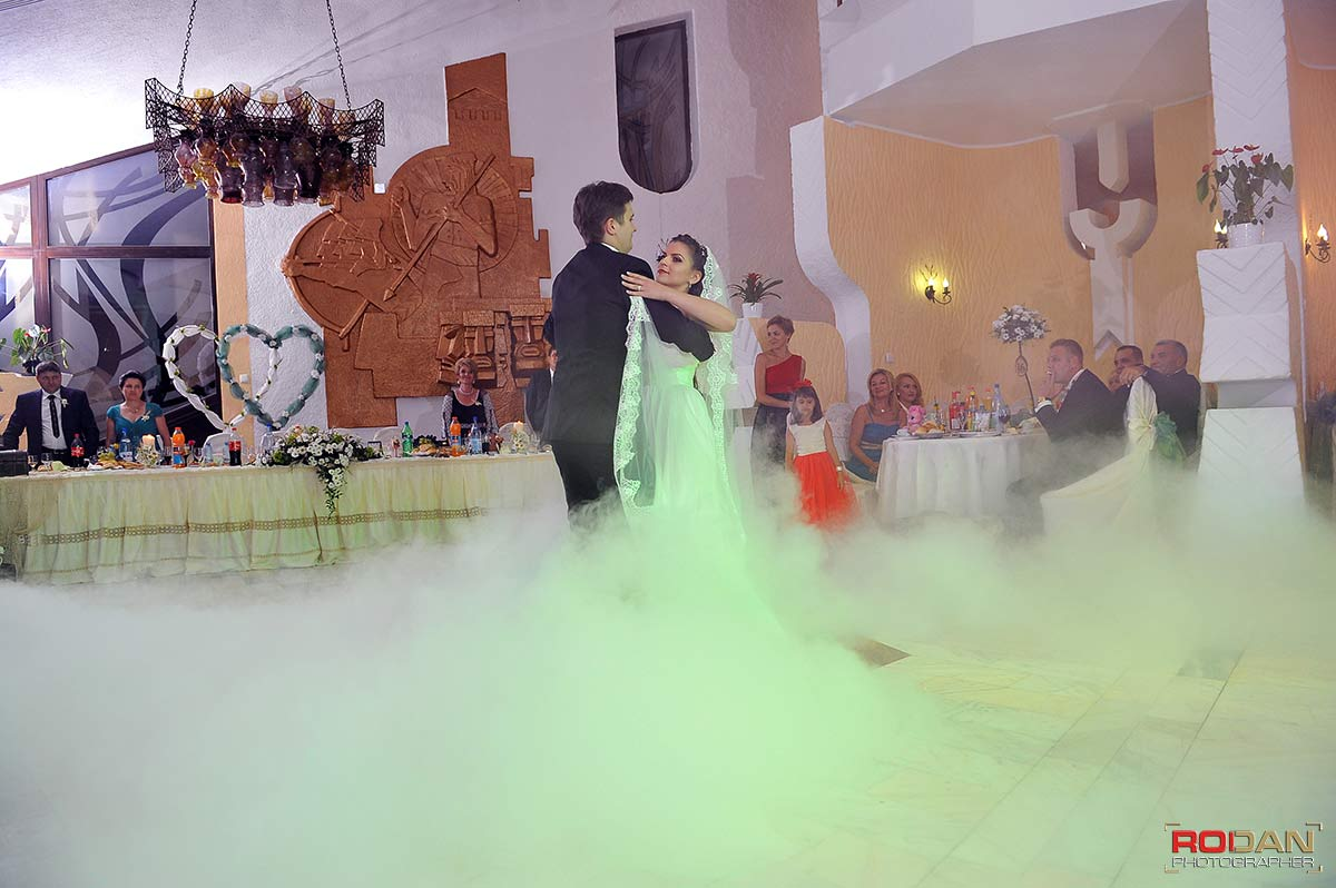 fotografie nunta Casa Arcasului