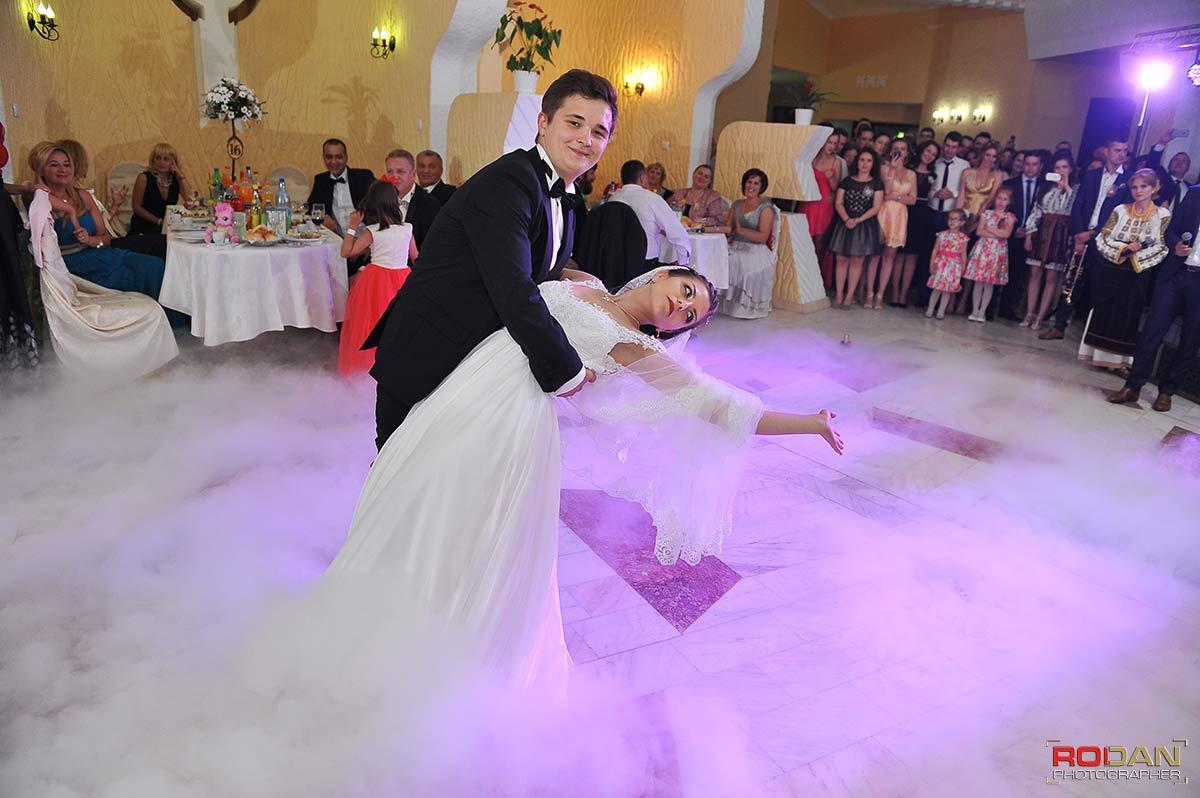 Foto video nunta Casa Arcasului-Targ Neamt