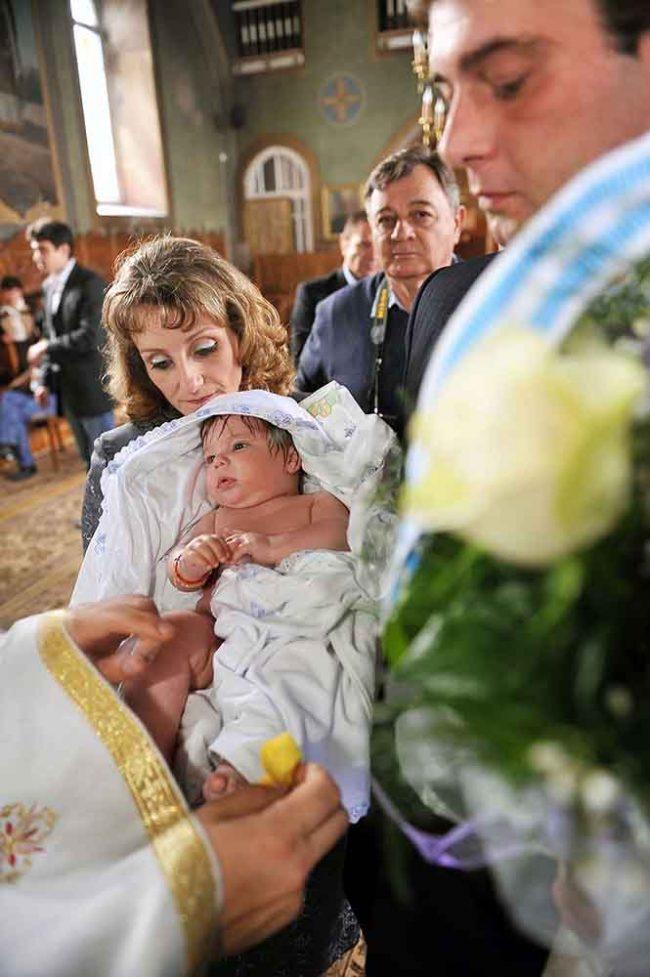 Fotografi pentru botez Piatra Neamt