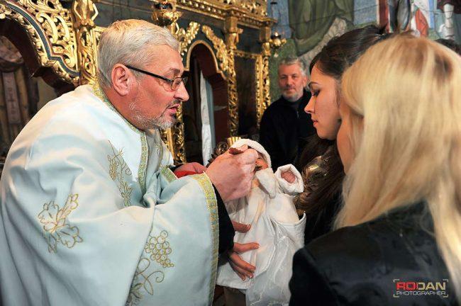 pret fotograf botez Roman Neamt