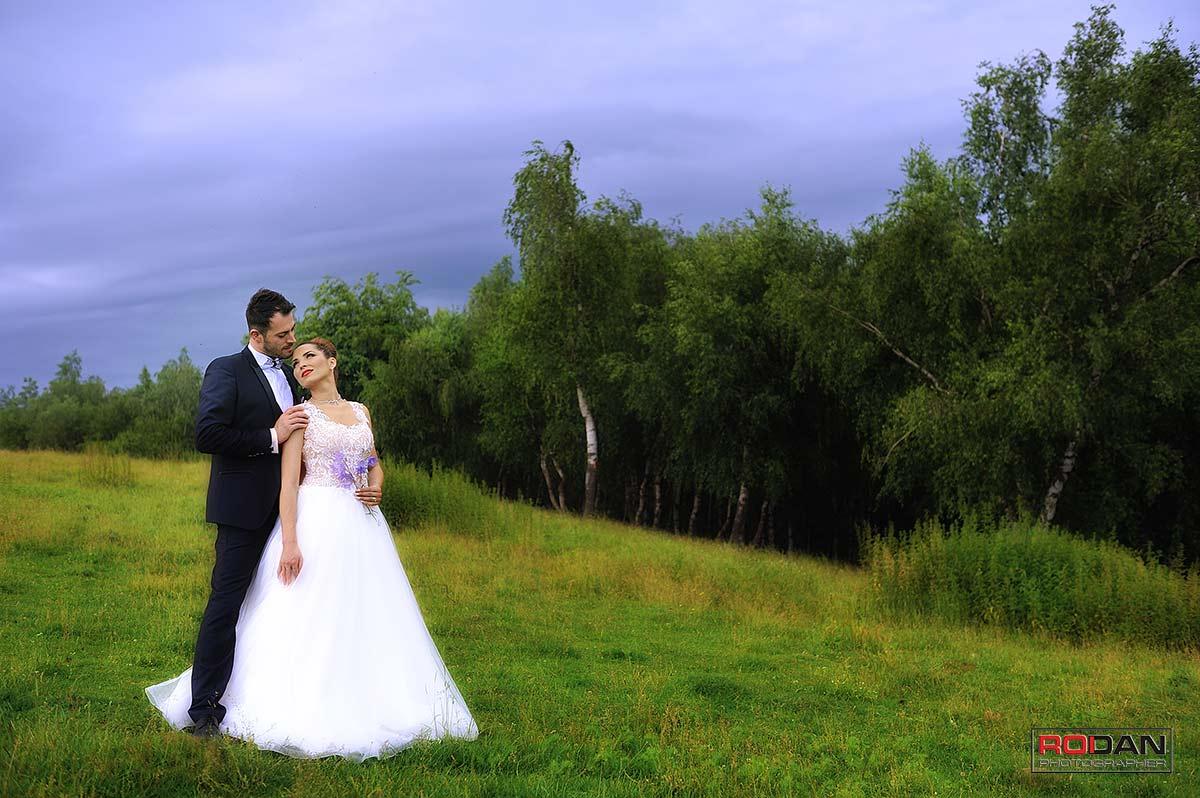 Fotografii realizate la sedinta foto dupa nunta in Piatra Neamt, Sedinta foto romantica in Piatra-Neamt, Sedinta foto glamour Piatra Neamt