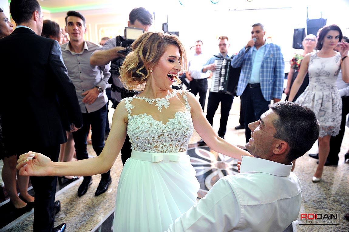 Servicii foto video nunta Onesti